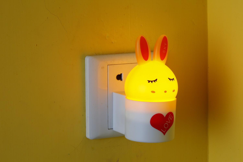 Intelligent Photoswitchable Rabbit Small Night Light Baby Bedroom Bedside  Lamp Socket Lamp Lamps Led Sensor Light