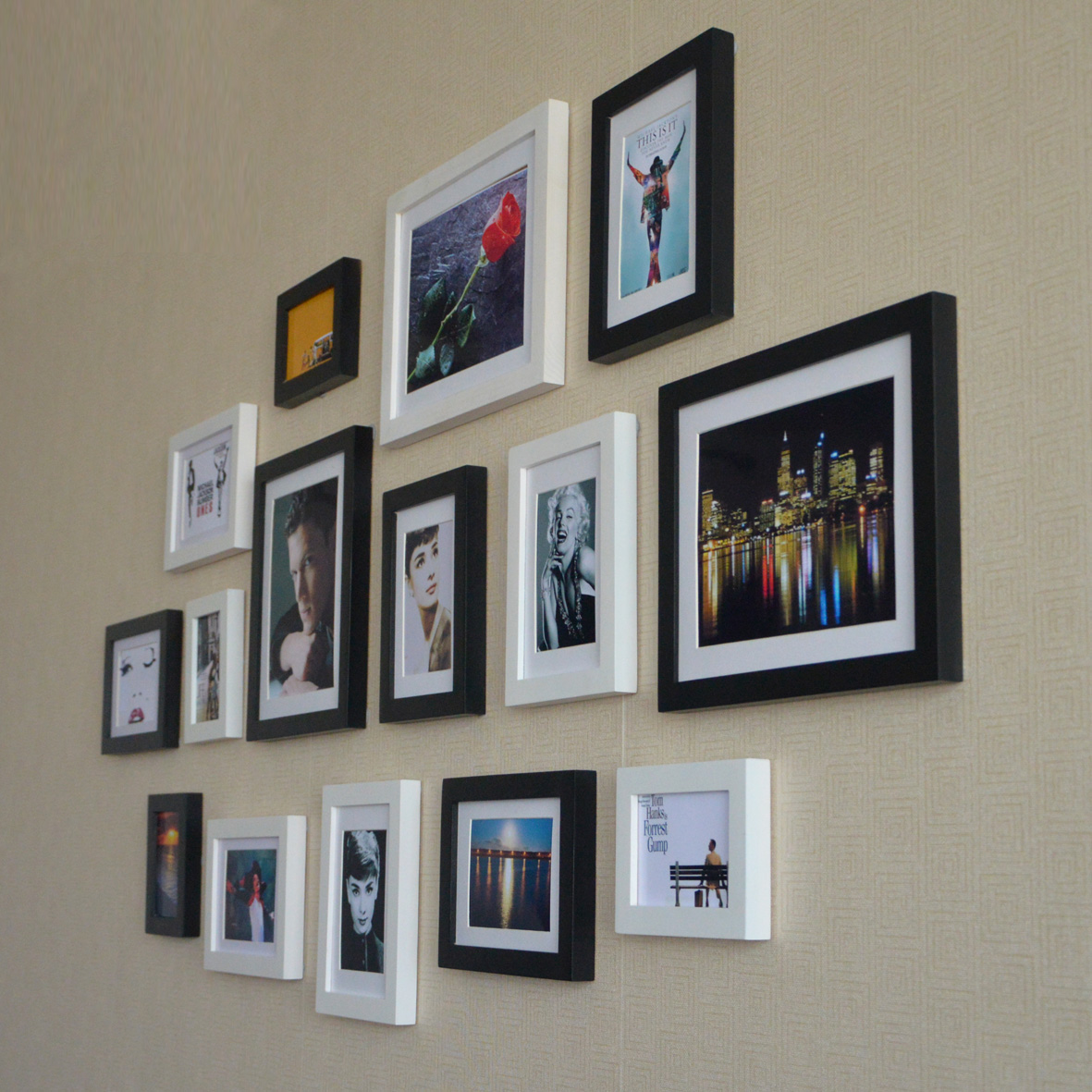 white-and-black-wall-Picture-Frame