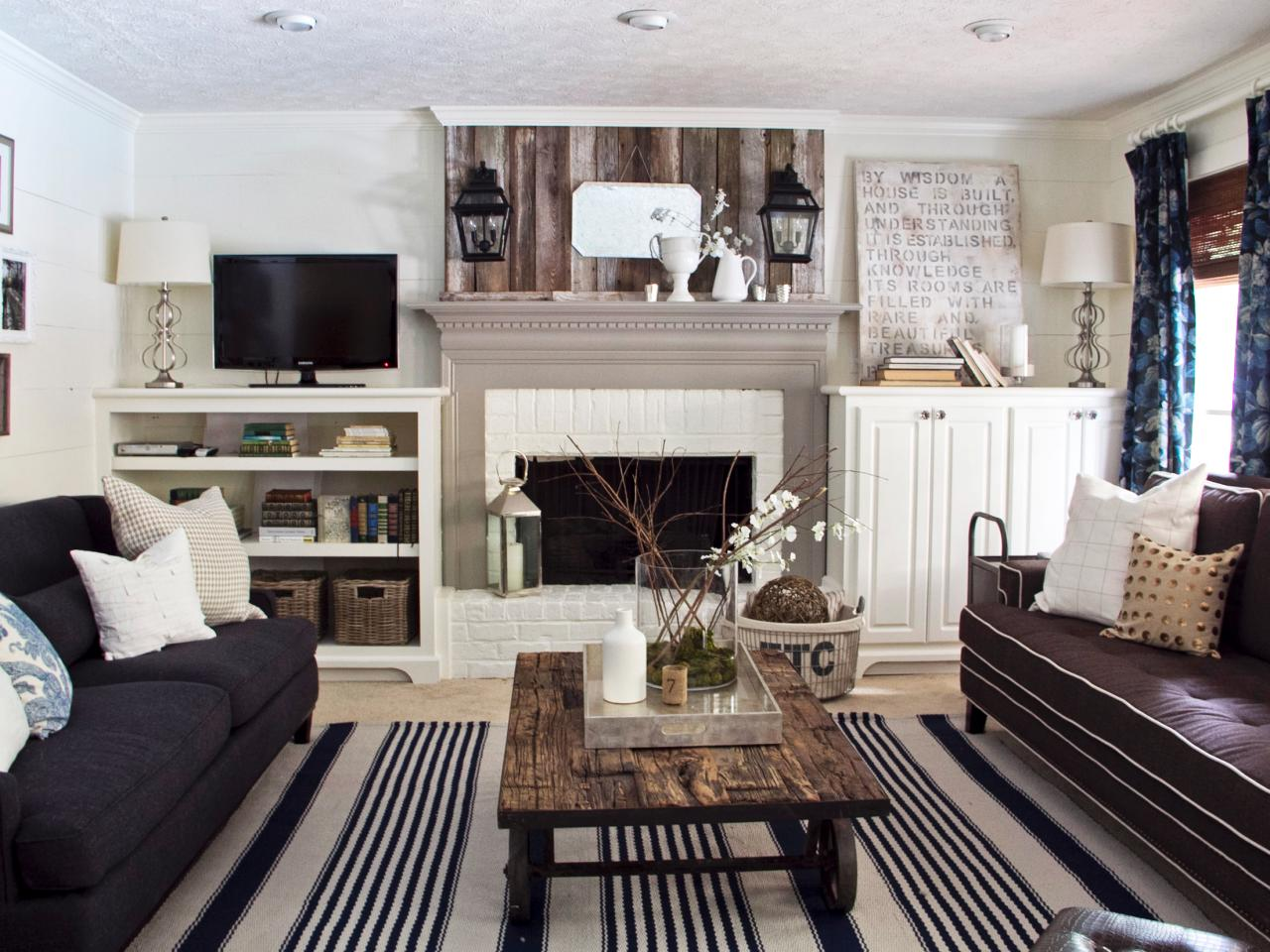 DP_Darnell-Cottage-Living-Room-2_ss4x3.jpg.rend.hgtvcom.1280.960